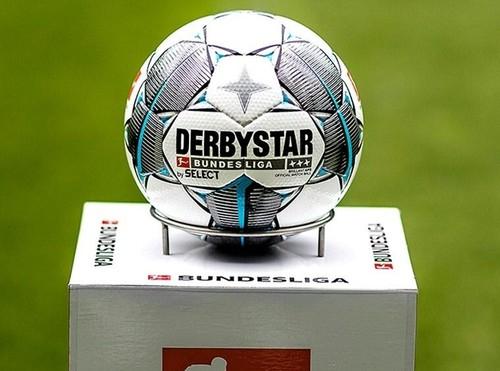 ОФІЦІЙНО. У Німеччині матчі Бундесліги відновляться 16 травня