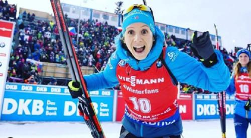 Биатлонистка Анаис Шевалье возобновляет карьеру