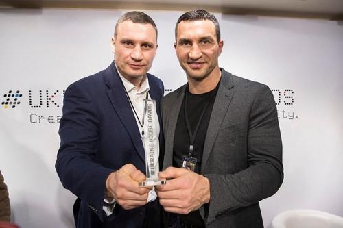Супершестерка. Братья Кличко выйдут на ринг против Холифилда и Льюиса?