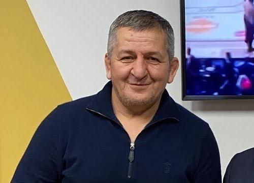 Батька Нурмагомедова підключили до апарату ШВЛ