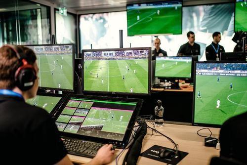 ФОТО. Как видят систему VAR проигравшие клубы