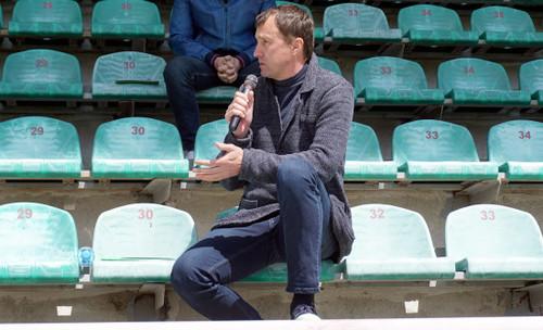 Тренер Ингульца: «Футболист не может пойти работать трактористом»