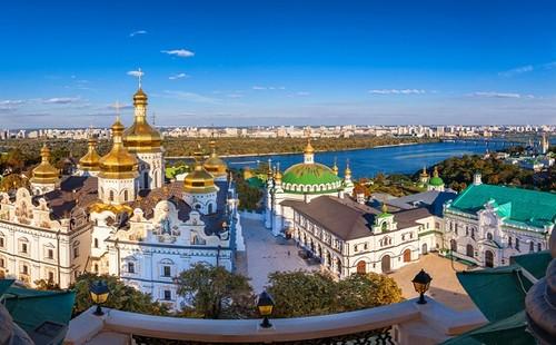 ВИДЕО. Адвокат Московского патриархата. Новый церковный скандал с Ломаченко