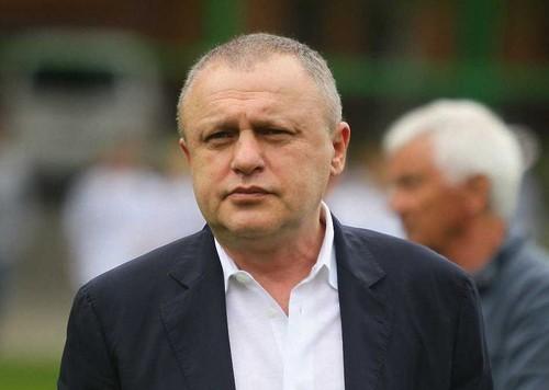 МОЗ запретило братьям Суркисам посещать матчи Динамо