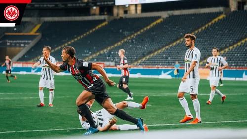 Айнтрахт – Фрайбург – 3:3. Видео голов и обзор матча