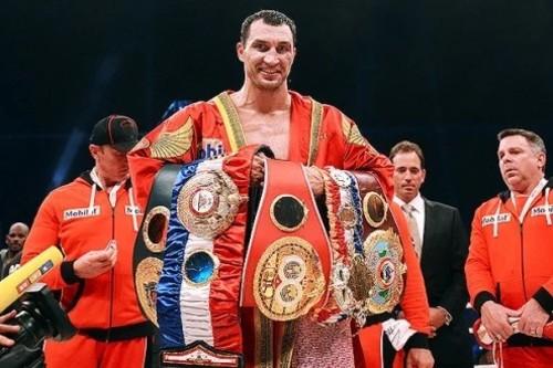 Владимиру Кличко вернули три чемпионских пояса, которые он проиграл Фьюри