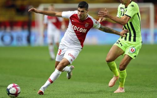 Манчестер Юнайтед интересуется 19-летним форвардом Монако