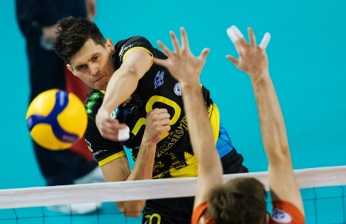 В Росії дискваліфікований волейболіст за вживання допінгу