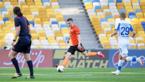ВИДЕО. Буяльский открыл счет в матче против Шахтера ударом головой