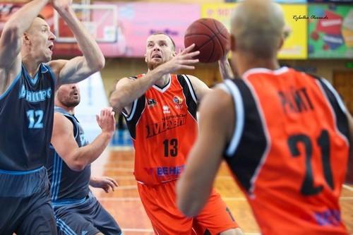 Прометей підписав трьох українських гравців