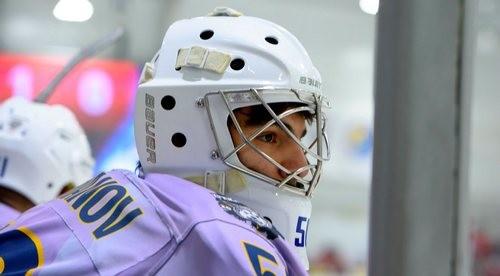 ВИДЕО. Хоккейный вратарь прыгает на скакалке в полной экипировке