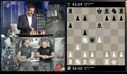 Бывший украинец сыграл в шахматы матч с космонавтами на орбите