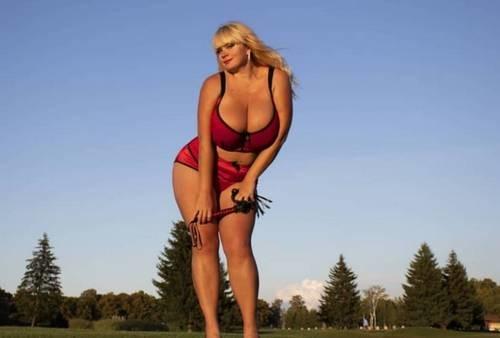 Украинка с 13-м размером груди проведет бой в Таиланде
