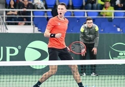 Стаховский и Ваншельбойм стартуют на турнире в Сербии