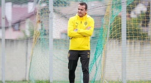 Новим тренером Руху став 32-річний фахівець. Маркевич - консультант