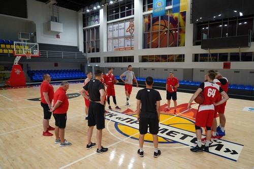 ВИДЕО. Прометей – первый клуб Суперлиги, который начал тренировочные сборы