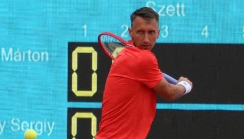 Стаховский уступил в трехчасовом матче на выставочном турнире