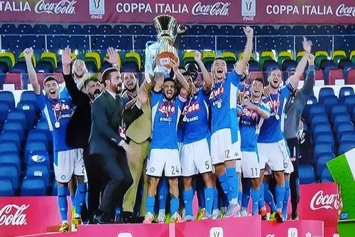 Первый титул Гаттузо. Наполи вырвал у Ювентуса Кубок Италии