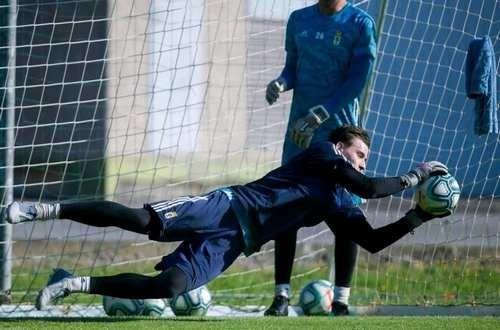 ВИДЕО. Лунин парировал пенальти в матче против Депортиво