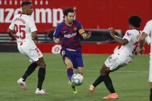 Севилья – Барселона – 0:0. Обзор матча