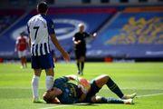 ФОТО. Жуткая травма колена вратаря Арсенала Бернда Лено