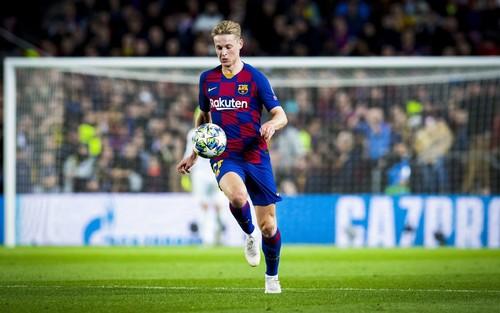 Барселона подтвердила травму де Йонга