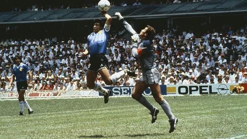 ВИДЕО. 34 года назад Марадона и рука Бога помогли Аргентине обыграть Англию
