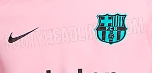 ФОТО. Барселона будет играть в розовой форме в следующем сезоне