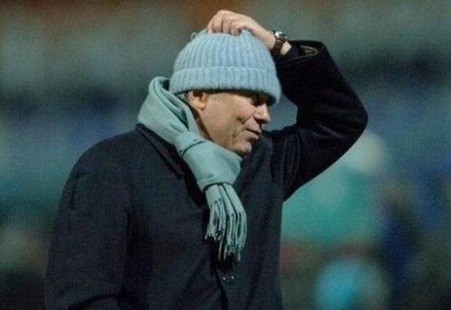 Как Луческу бросал шапку на газон. Игроки вспомнили реакцию на судейство