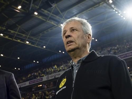 Фавр продолжит тренировать Боруссию Дортмунд в следующем сезоне