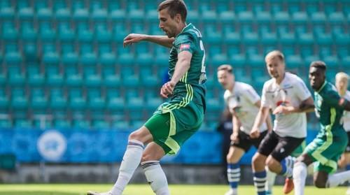 Украинец Коломоец отдал голевую передачу в матче чемпионата Эстонии