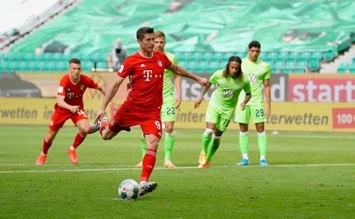 Вольфсбург — Бавария — 0:4. Видео голов и обзор матча