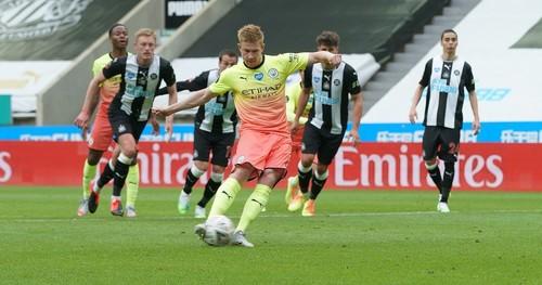 Ньюкасл – Манчестер Сити – 0:2. Де Брюйне и Стерлинг. Видео голов и обзор