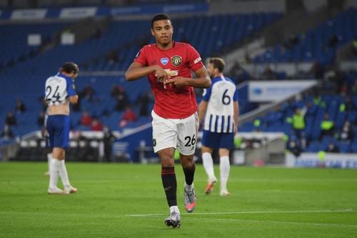 Дубль Бруну Фернандеша. Манчестер Юнайтед поднялся в топ-5 АПЛ