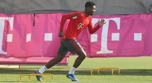 Бавария не смогла договориться по контракту с Алабой