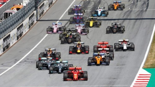 Стартует новый сезон Формулы-1. Что нужно знать о необычном чемпионате