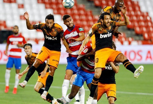 Чемпионат Испании. Валенсия упустила победу на последних минутах