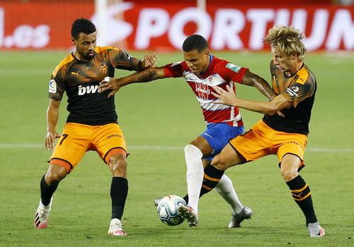 Гранада – Валенсія – 2:2. Відео голів та огляд матчу