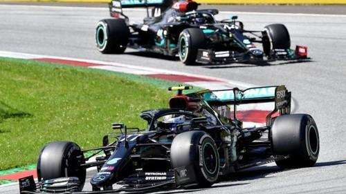 Боттас виграв дику гонку в Австрії, аварія Хемілтона, Норріс - в топ-3