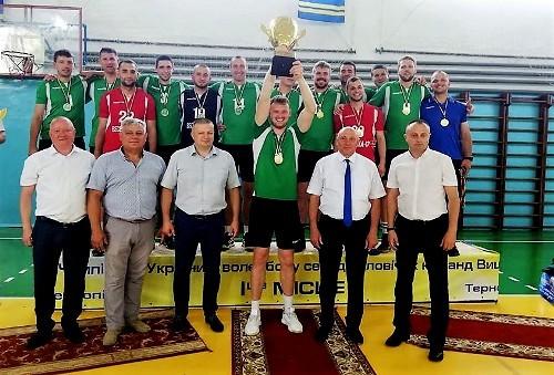 В мужской высшей лиге победителем стал СК Прибылев