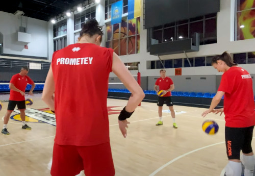 СК Прометей продовжує підготовку до нового сезону в Кам'янському