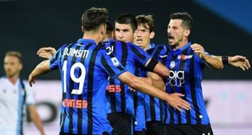 Малиновский - в запасе на матч Аталанты в Серии A