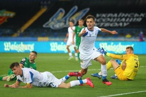 Динамо в серии послематчевых пенальти вырвало у Ворсклы Кубок Украины