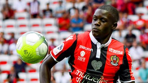 Арсенал может бесплатно подписать французского защитника