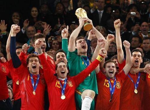 КАРИКАТУРА ДНЯ. 10 лет назад Испания выиграла чемпионат мира