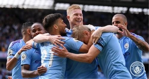 Зинченко - в запасе Манчестер Сити на матч АПЛ