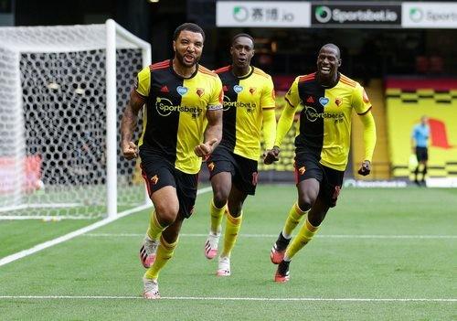 Уотфорд — Ньюкасл — 2:1. Видео голов и обзор матча