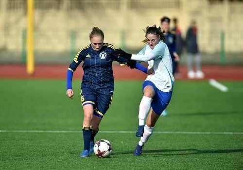 Лідер жіночого чемпіонату України набрав чергові три очки
