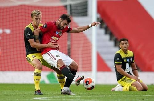 Манчестер Юнайтед упустил победу на 90+6 минуте в игре с Саутгемптоном