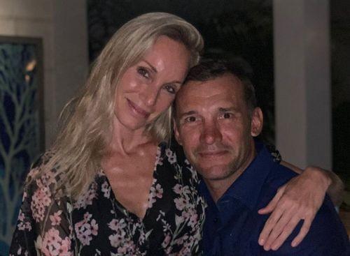 ФОТО. Шевченко мило поздравил жену с 16-й годовщиной свадьбы
